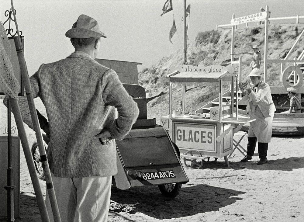 Photographie Monsieur Hulot, les glaces et la guimauve - JACQUES TATI - Tableau photo
