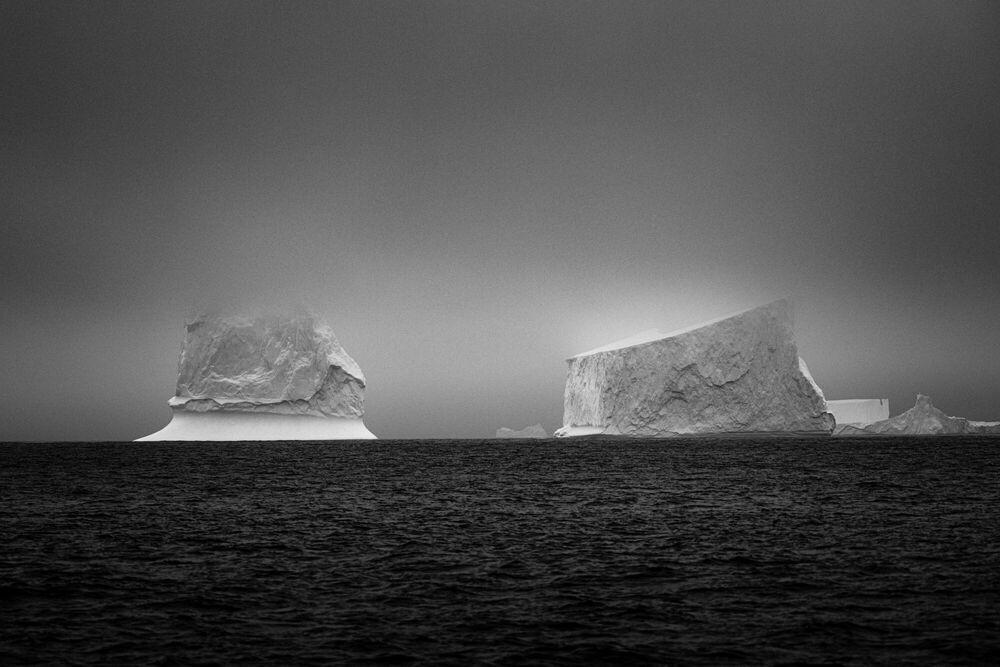 Fotografie TWIN ICEBERGS ANTARCTICA - JAN ERIK WAIDER - Bildermalerei