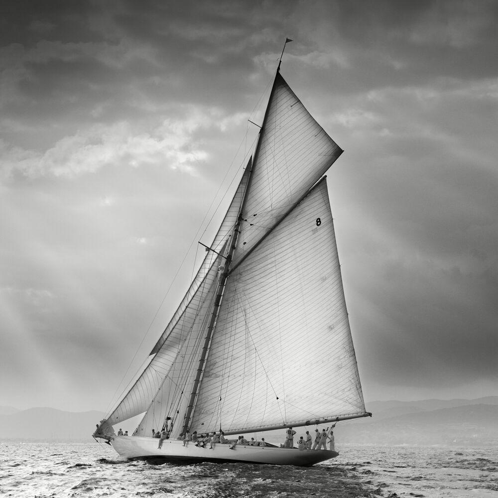 Fotografía Moonbeam and God Rays - JONATHAN CHRITCHLEY - Cuadro de pintura
