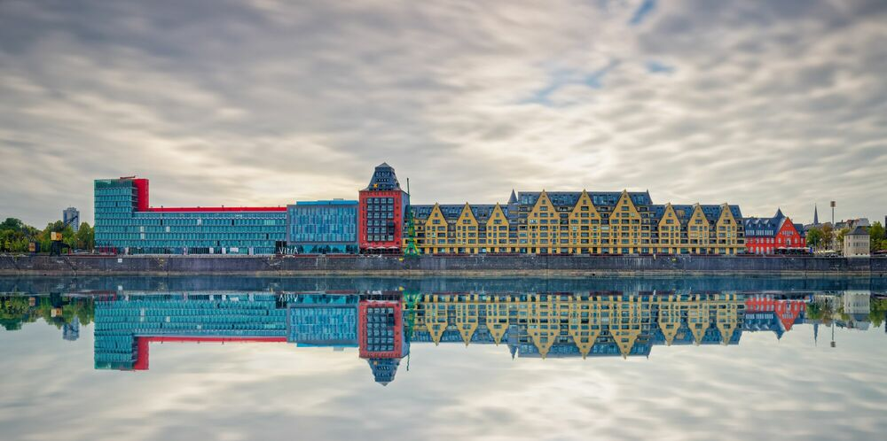 Photograph ARCHITECTURAL CONTINUITY - JULES VALENTIN - Picture painting