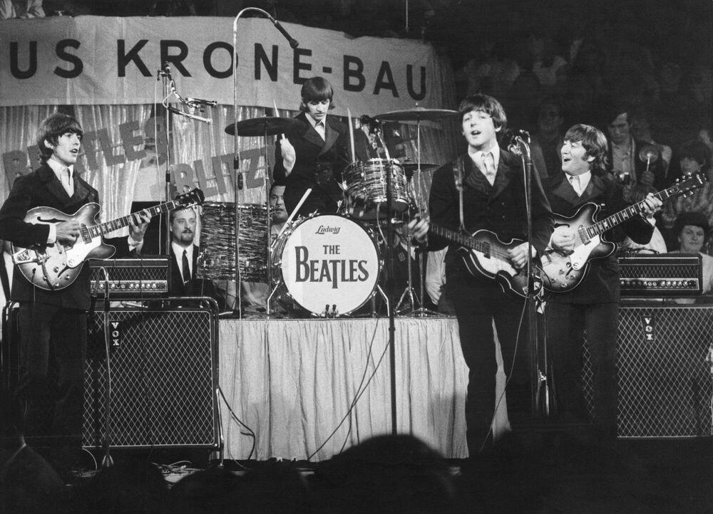 Fotografie Beatles on the stage -  KEYSTONE AGENCY - Bildermalerei