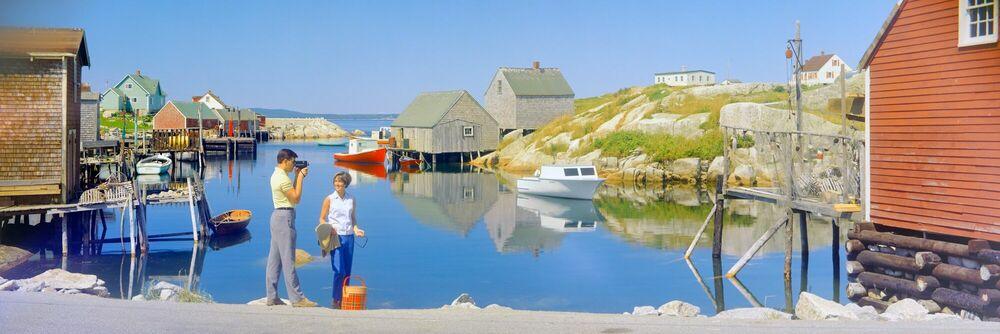 Kunstfoto Peggy's Cove, Nova Scotia, 1972 - KODAK COLORAMA DISPLAY COLLECTION - HERBERT ARCHER - Foto schilderij