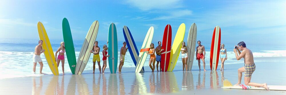 Photograph SURFERS AND SURFBOARDS 1966 - KODAK COLORAMA DISPLAY COLLECTION - PETER GALES - Picture painting