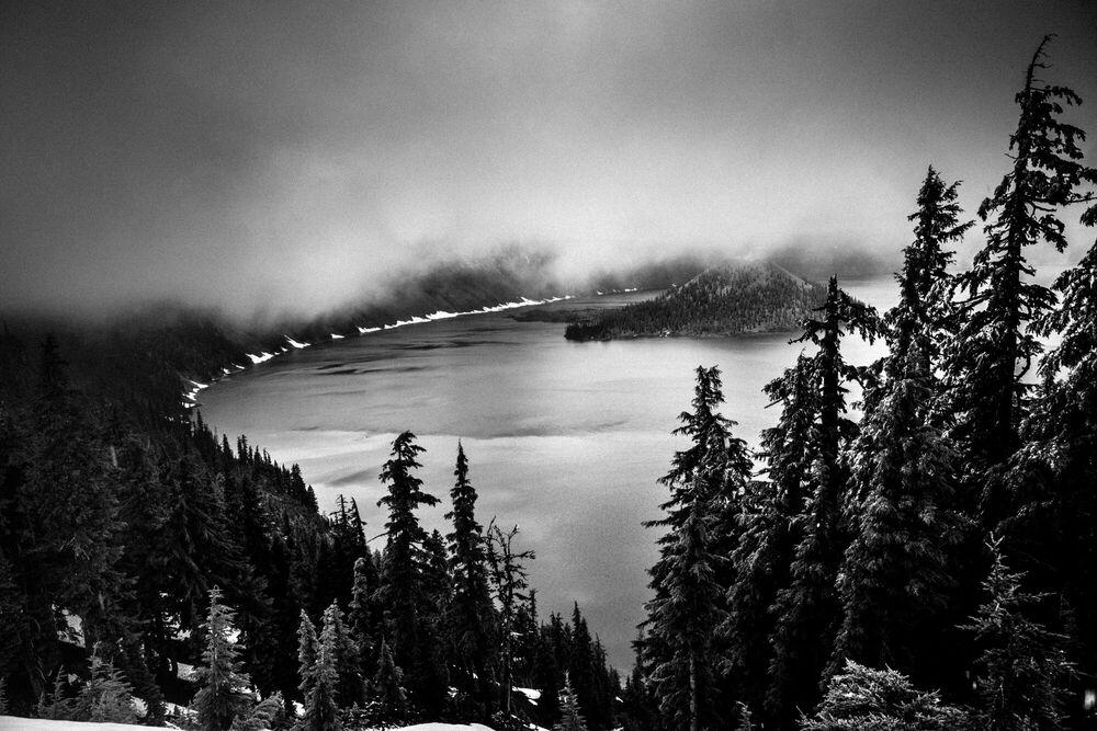 Fotografia Crater Lake Oregon - LAURENT BAHEUX - Pittura di immagini