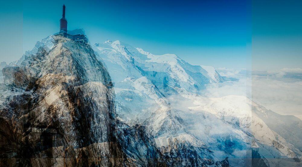 Photograph Aiguille du Midi II - LAURENT DEQUICK - Picture painting