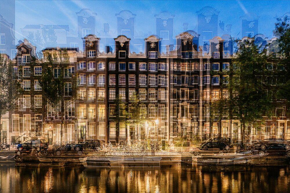Photograph AMSTERDAM - HALSGEVEL - LAURENT DEQUICK - Picture painting