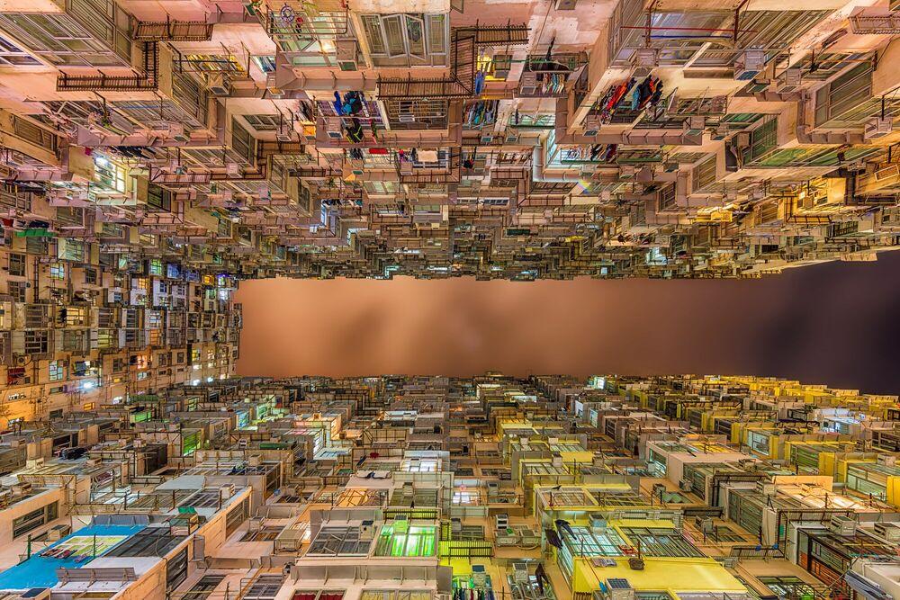 Fotografie HIGH DENSITY YICK CHEONG BUILDING - LAURENT DEQUICK - Bildermalerei