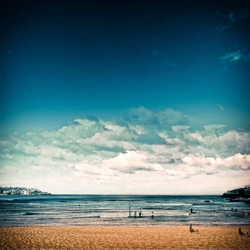 Photograph Late Afternoon at Bondi Beach - LAURENT DEQUICK - Picture painting