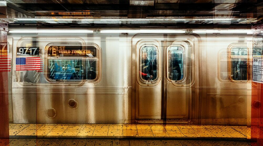 Photograph NY  E-TRAIN - LAURENT DEQUICK - Picture painting