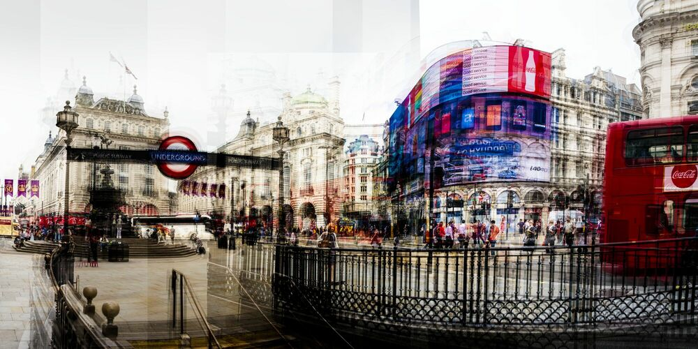 Photograph Picadilly Circus I - LAURENT DEQUICK - Picture painting