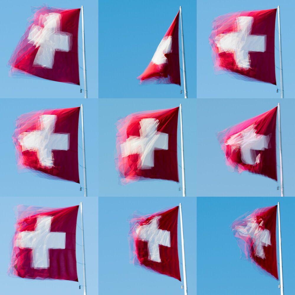 Photograph Swiss Flag - LAURENT DEQUICK - Picture painting