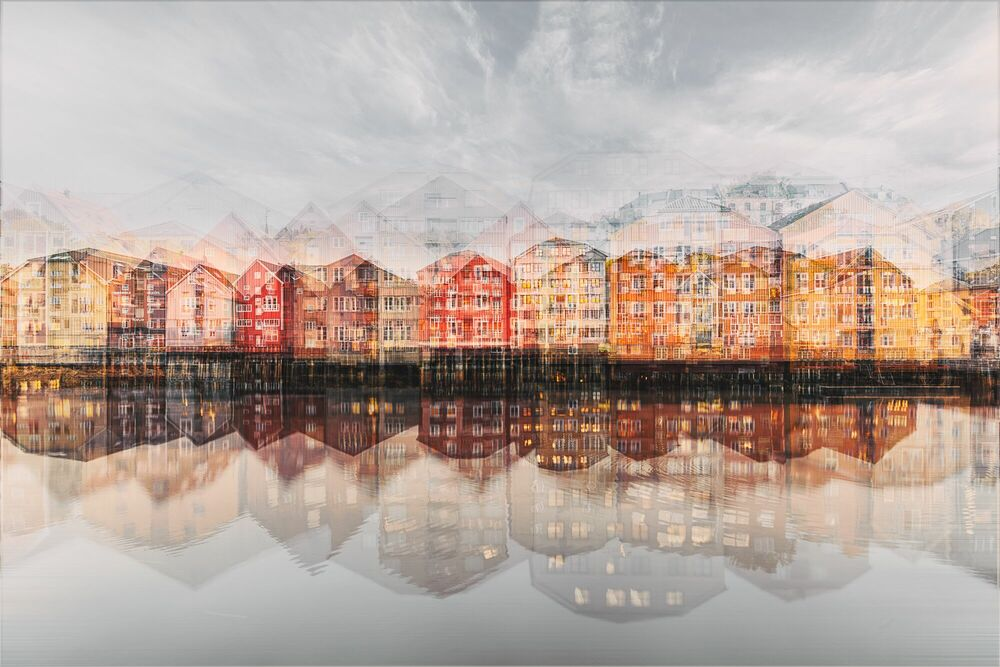 Photograph TRONDHEIM - THE WHARVES I - LAURENT DEQUICK - Picture painting