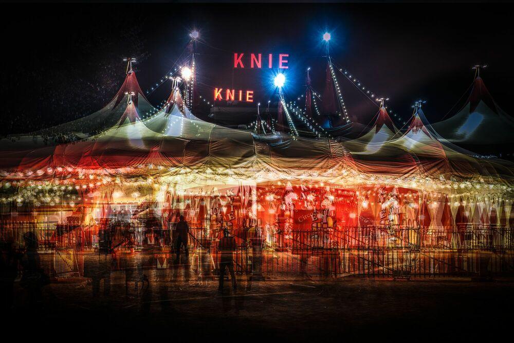 Fotografia Zirkus Knie III - LAURENT DEQUICK - Pittura di immagini