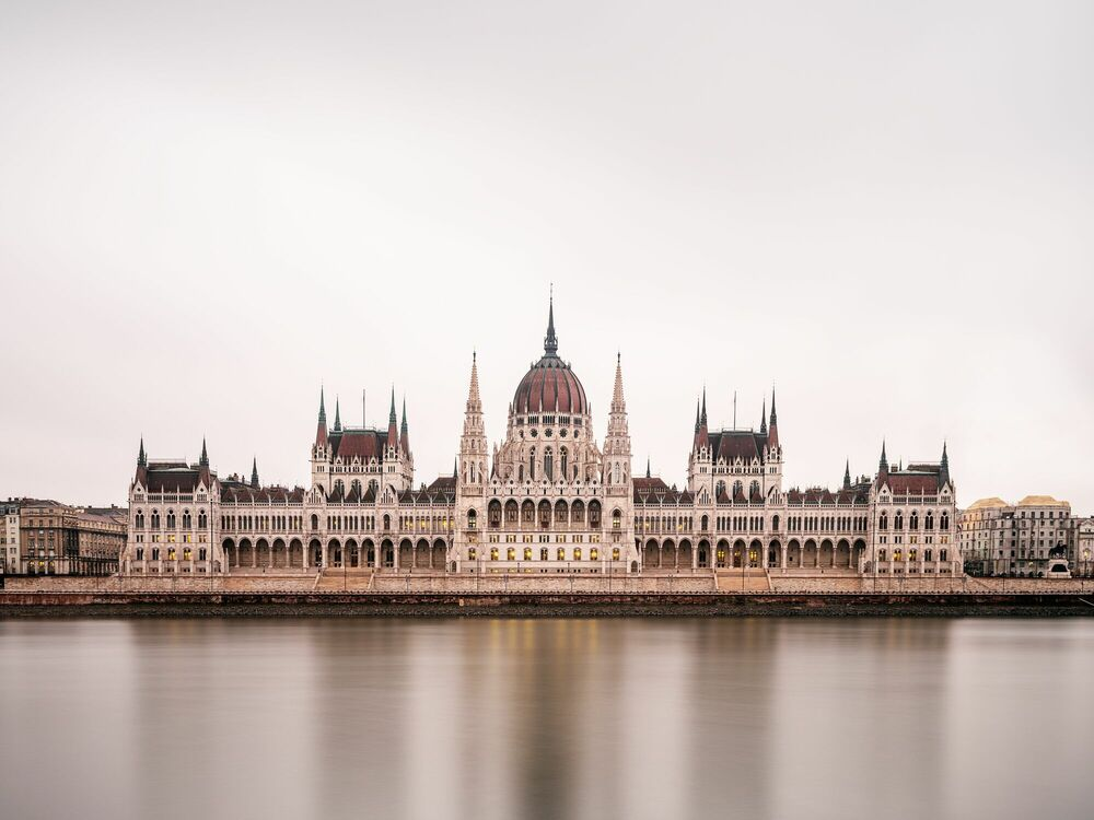 Photographie BUDAPEST PARLMENT - LUDWIG FAVRE - Tableau photo