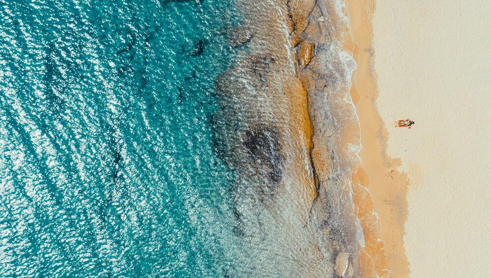 Fotografia MYKONOS ALONE WITH THE SEA - LUDWIG FAVRE - Pittura di immagini