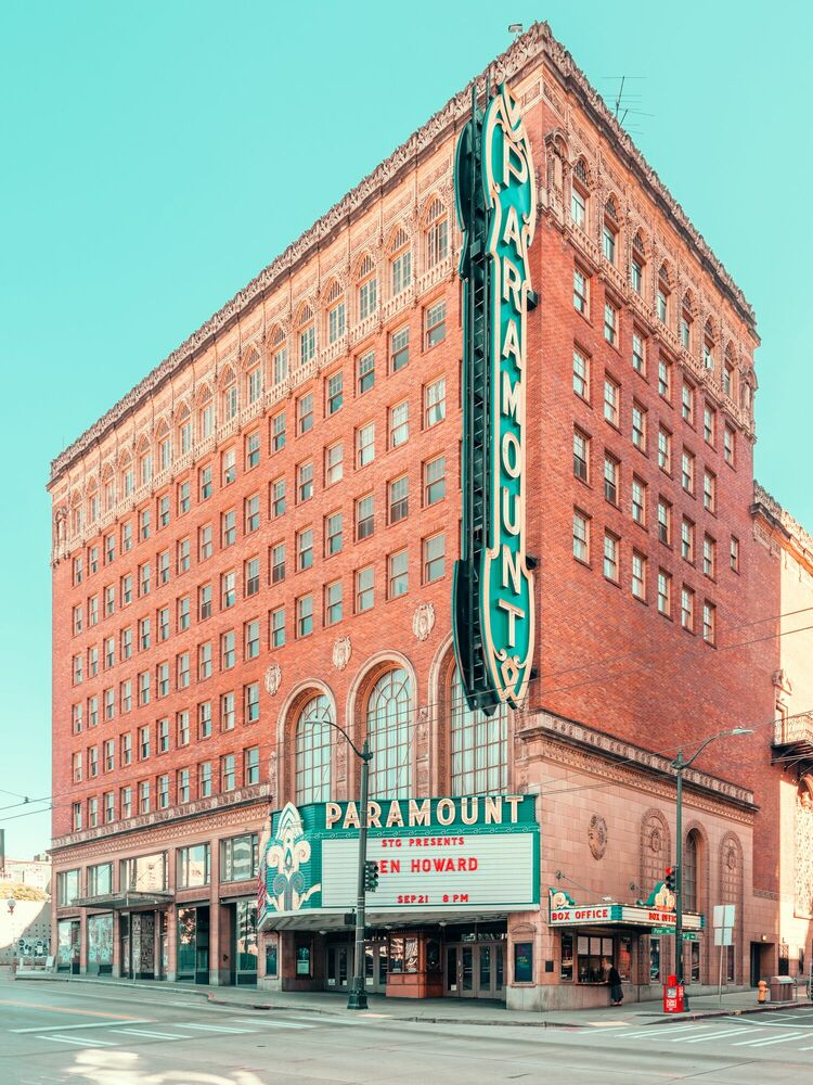Photograph PARAMOUNT SEATTLE - LUDWIG FAVRE - Picture painting