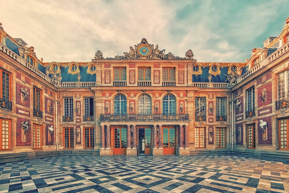 Photograph FACADE OF VERSAILLES PALACE - MANJIK PICTURES - Picture painting