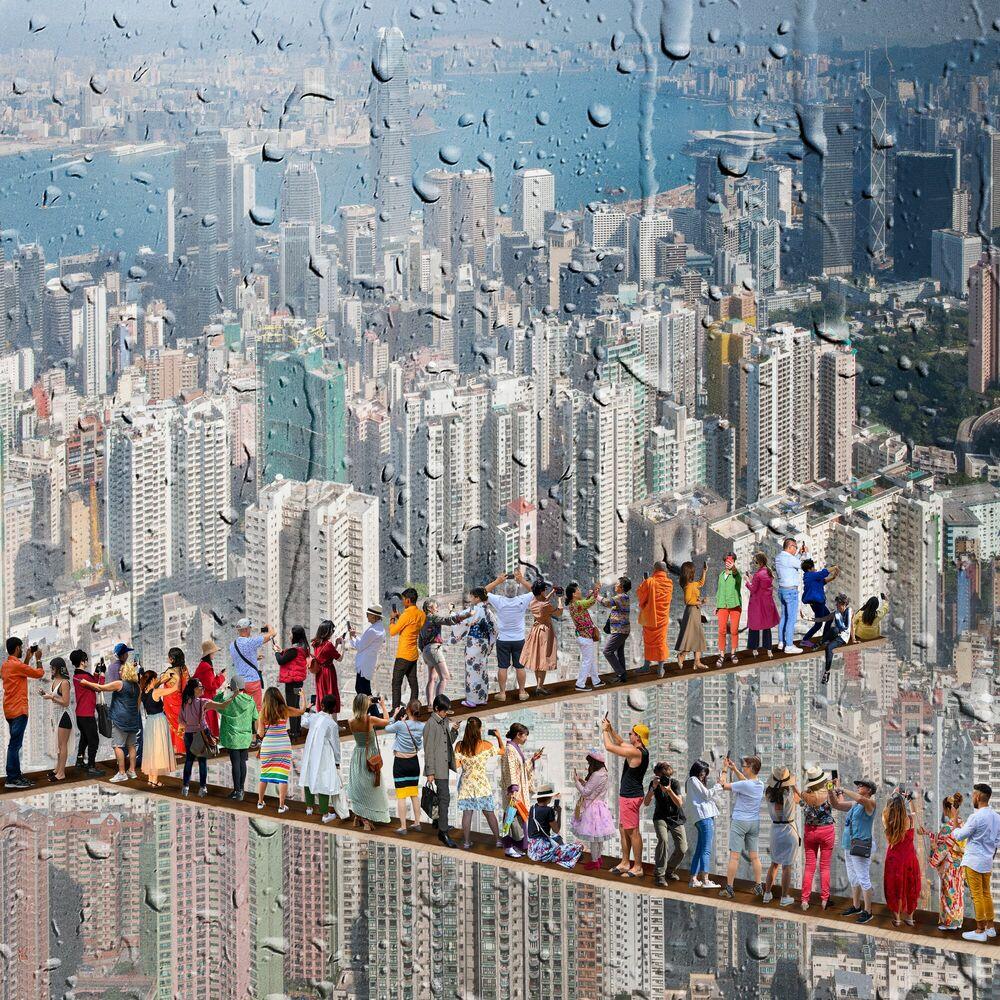 Photographie MOI MYSELF DEVANT HONG KONG - MARIE LAURE VAREILLES - Tableau photo
