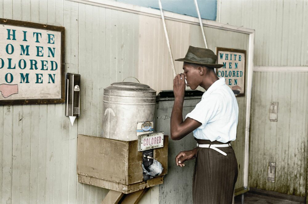 Photographie 1939 MAN DRINKING OKLAHOMA - MARIE-LOU CHATEL - Tableau photo