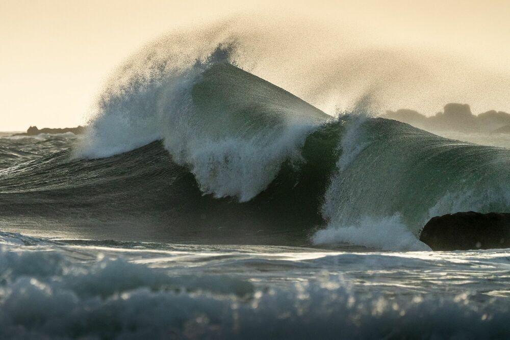 Fotografie DEFERLEMENT OCEANIQUE - MATHIEU RIVRIN - Bildermalerei