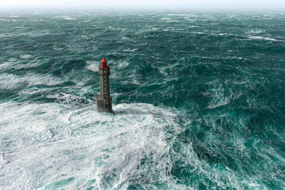 Fotografie SEUL CONTRE L OCEAN - MATHIEU RIVRIN - Bildermalerei