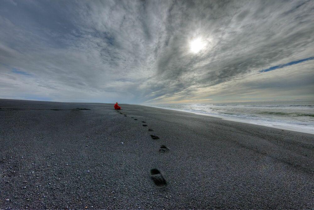Photographie ISLANDE PLAGE DE SABLE NOIR AU NORD DE VIK - MATTHIEU RICARD - Tableau photo