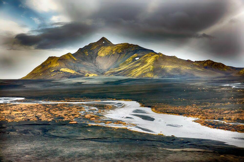 Photograph LAC DE LANGISJOR ISLANDE - MATTHIEU RICARD - Picture painting