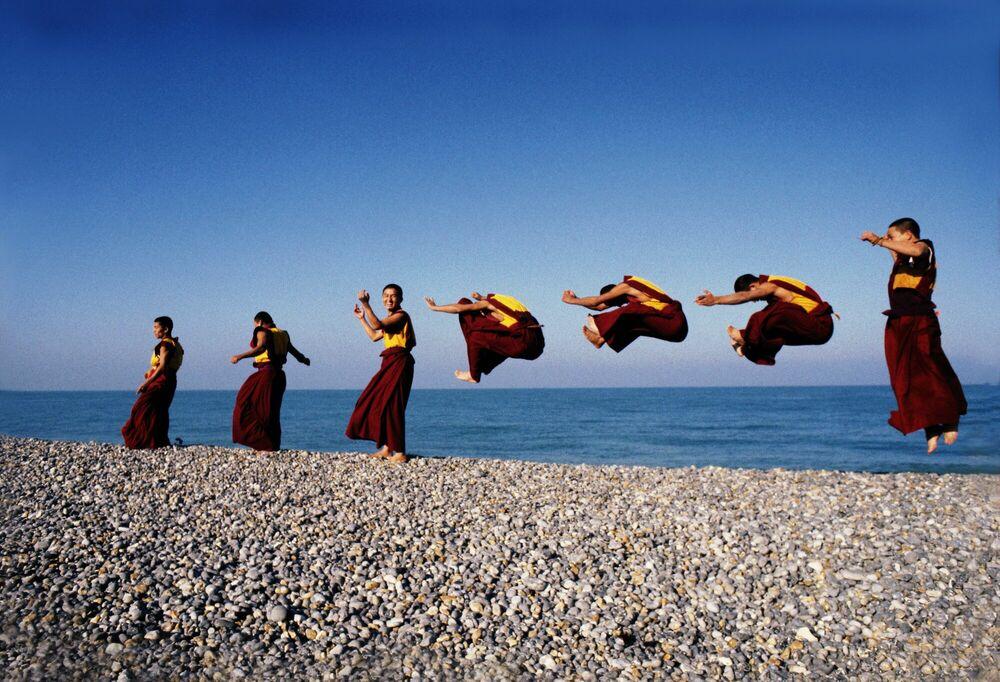Photographie Les moines volants - MATTHIEU RICARD - Tableau photo