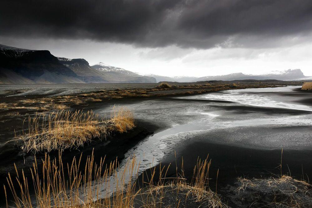 Fotografia Sables noirs, Islande - MATTHIEU RICARD - Pittura di immagini