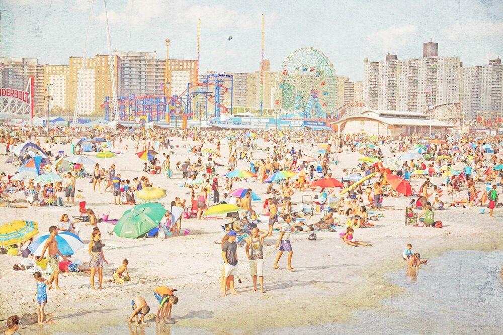 Photograph BROOKLYN BEACH - MINA TESLARU - Picture painting
