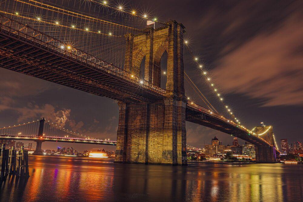 Photograph Gotham City Bridge - Nicholas Clarke - Picture painting