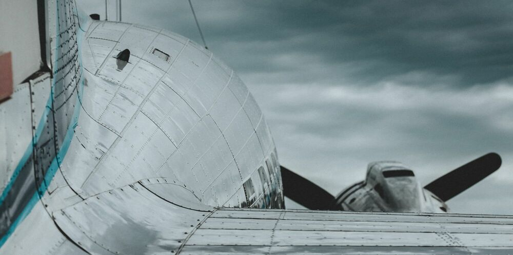 Fotografia FLYING JEWELRY - OLIVIER LAVIELLE - Pittura di immagini