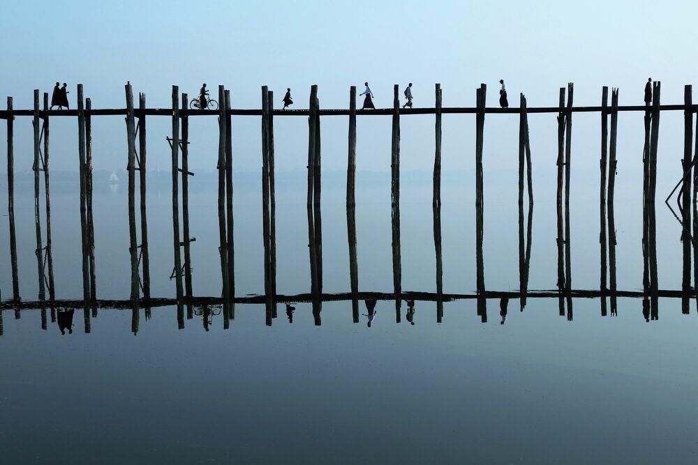 Photographie LEVER DU JOUR SUR LE PONT U-BEIN - PASCAL MANNAERTS - Tableau photo