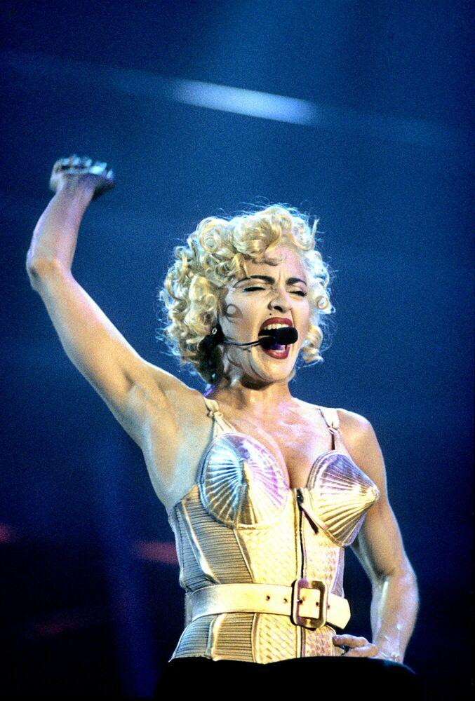 Fotografia Madonna, London 1990 - PETER HANKFIELD - Pittura di immagini