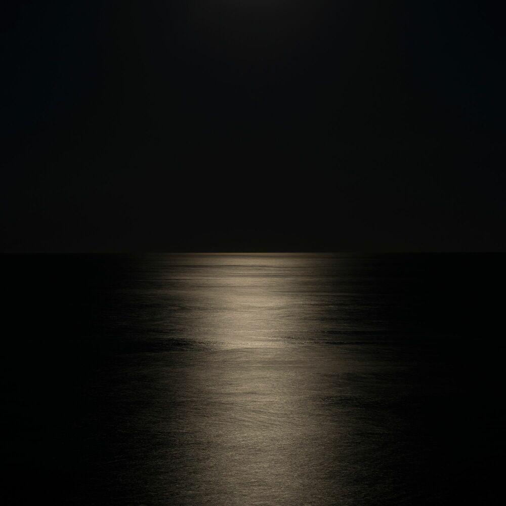 Fotografie Moon rise - PO CHEN - Bildermalerei