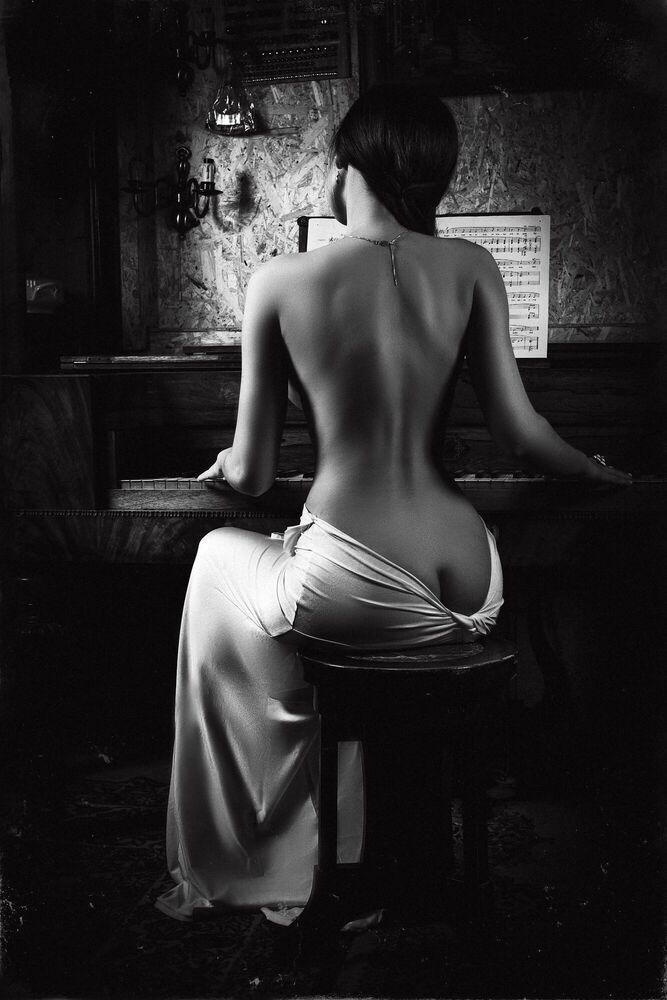 Photograph Music of the body - RUSLAN BOLGOV - Picture painting