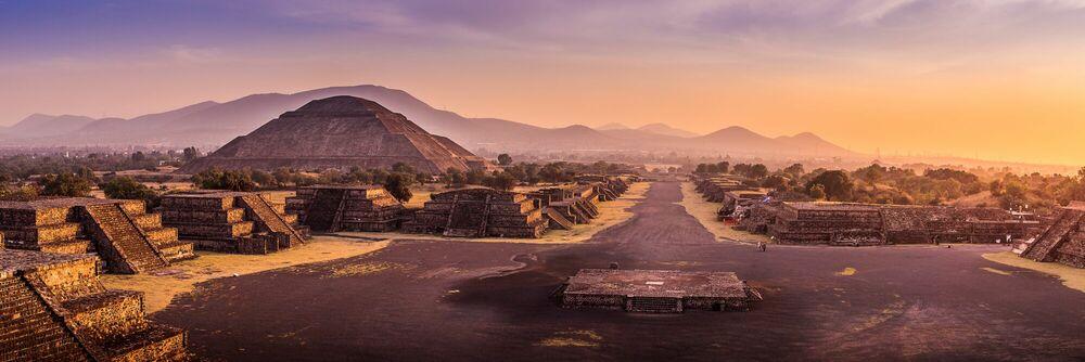 Photographie La pyramide du soleil - SERGE RAMELLI - Tableau photo