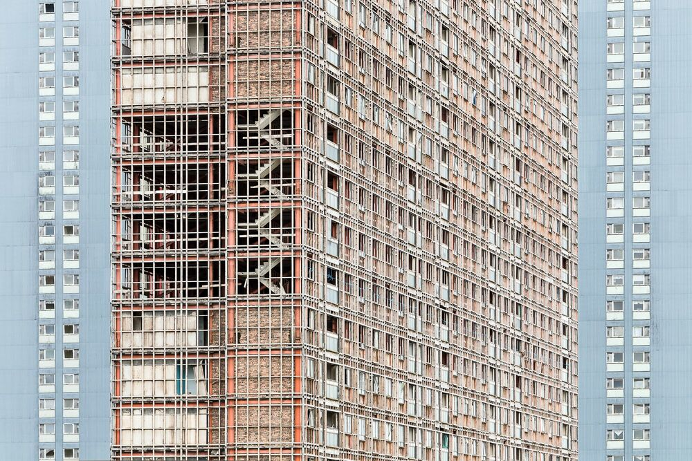 Fotografia RED ROAD III - SIMON BUTTERWORTH - Pittura di immagini
