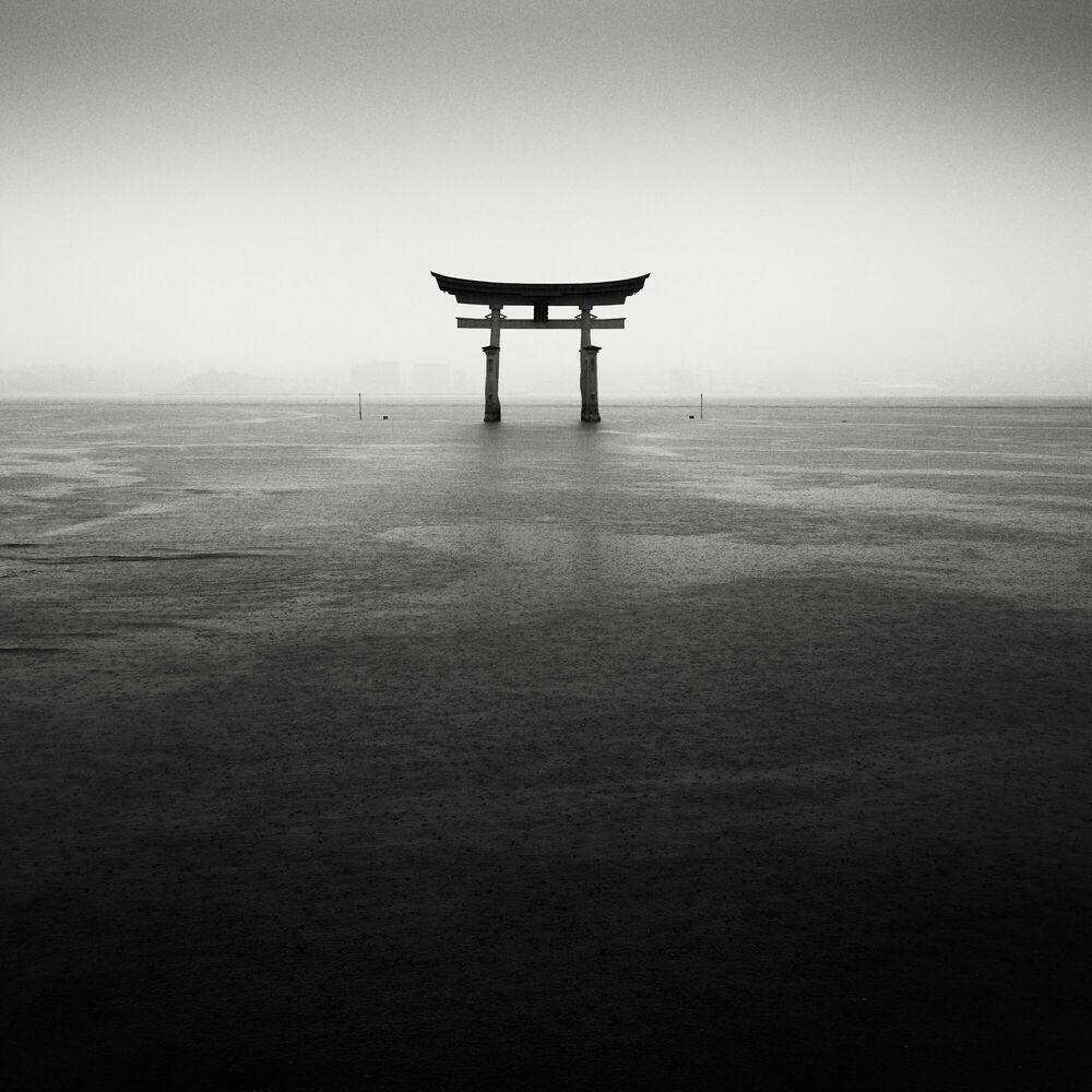 Fotografie Itsukushima Torii - STEFANO ORAZZINI - Bildermalerei