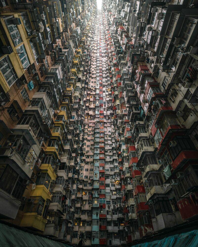 Fotografia THE MONSTER BUILDING MULTIPLIED - TRISTAN ZHOU - Pittura di immagini