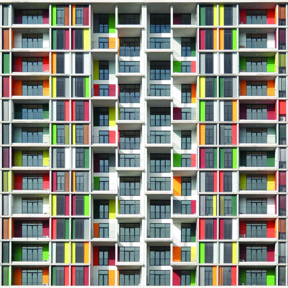 Kunstfoto THIS IS HAPPENNING - YENER TORUN - Foto schilderij