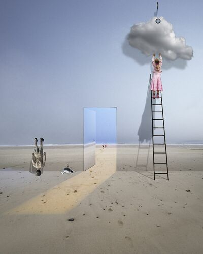 LA DÉCORATRICE - ALASTAIR MAGNALDO - Photograph