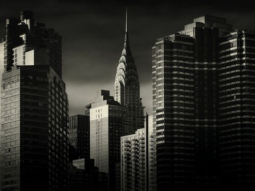 CHRYSLER BUILDING FROM THE HUDSON - ALEX TEUSCHER - Fotografía
