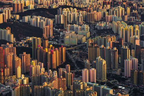 URBAN SUNSET IN HONG KONG - ALEX TEUSCHER - Photograph