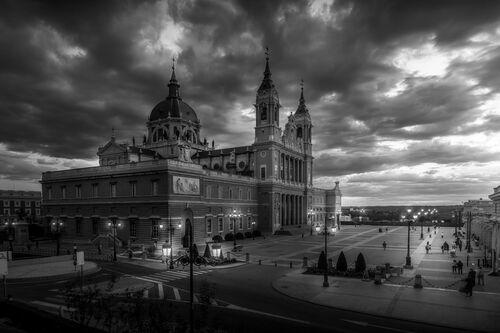 Almudena's sunset - Angel Vilches - Photograph