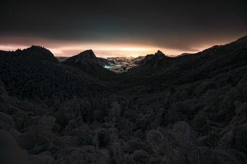 Les Roches - ANTHONY ITH - Photograph