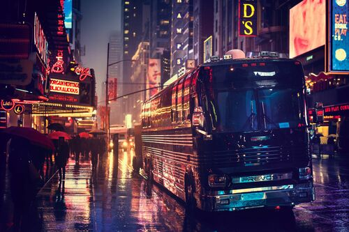 RAINY EVENING VINTAGE MANHATTAN - BERNHARD HARTMANN - Photograph