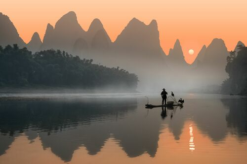 FISHERMAN AND HIS BIRDS - DANIEL METZ - Photographie