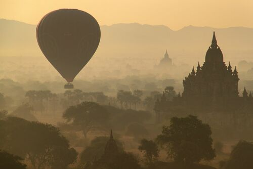 BAGAN SUNRISE - FLORIAN DELALEE - Photograph