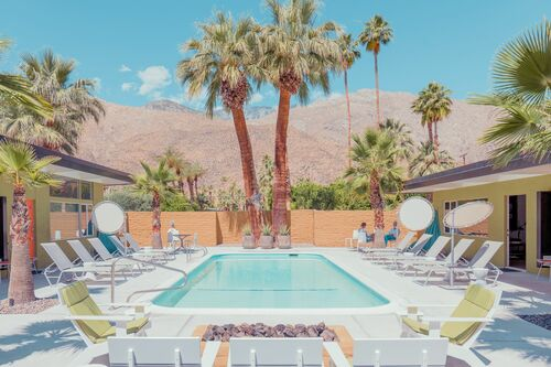 QUIET POOL PALM SPRINGS - FRANCK BOHBOT STUDIO - Kunstfoto